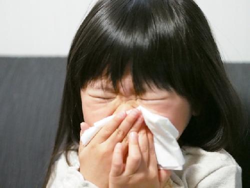 【ヘルパンギーナ・手足口病の正しい知識】原因から症状まで全解説!のサムネイル画像